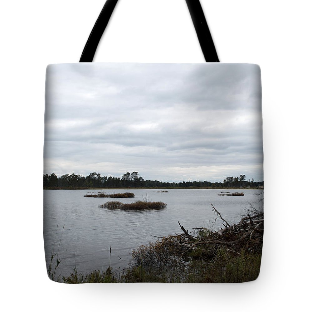 Upper Peninsula Tote Bag featuring the photograph Wilderness by Linda Kerkau