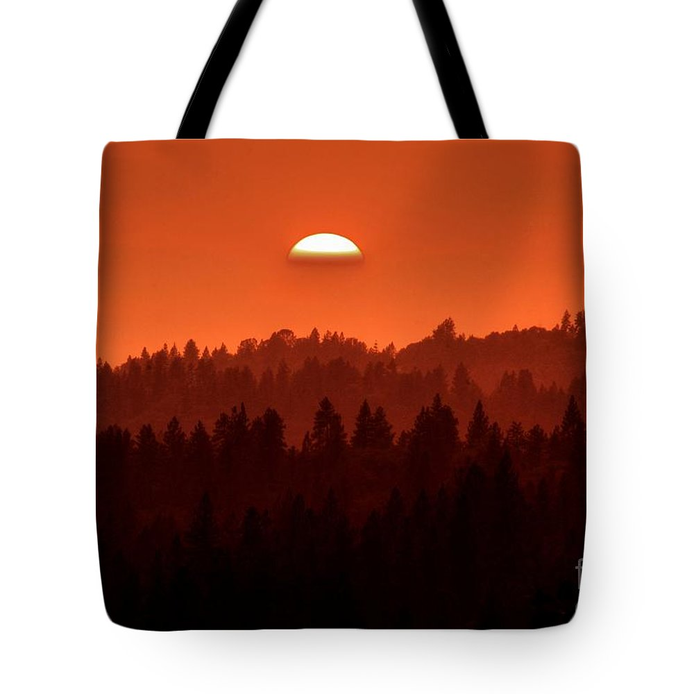 Wildfire Smoke Sunset 2 Tote Bag featuring the photograph Wildfire Smoke Sunset 2 by Patrick Witz
