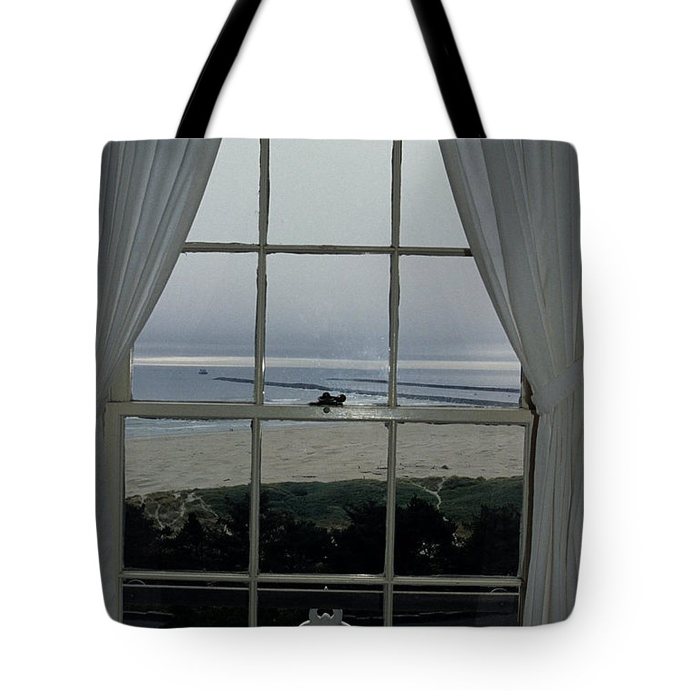Yaquina Bay Lighthouse Tote Bag featuring the photograph Window View by Sharon Elliott