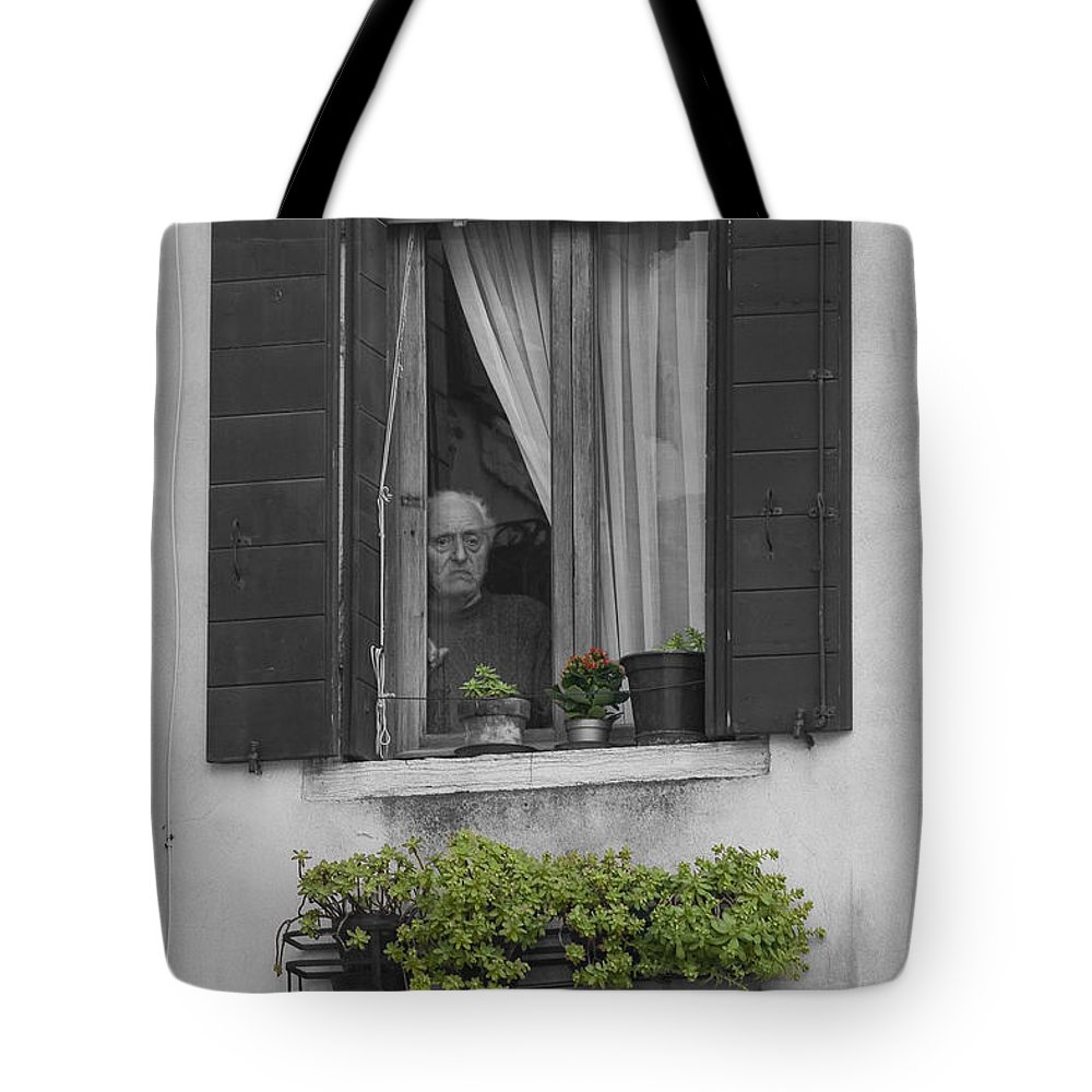 B&w/color Tote Bag featuring the photograph Window's Past by Sonny Marcyan