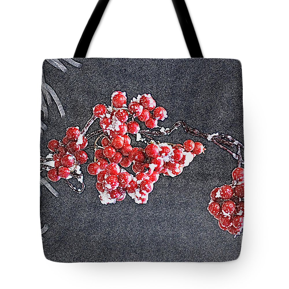 Berry Tote Bag featuring the photograph Winter Berries II by Karin Everhart