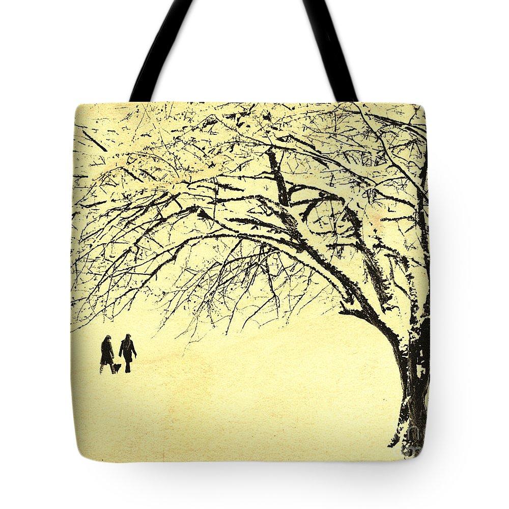 Digital Art Tote Bag featuring the photograph Winter Wonderland by Edmund Nagele