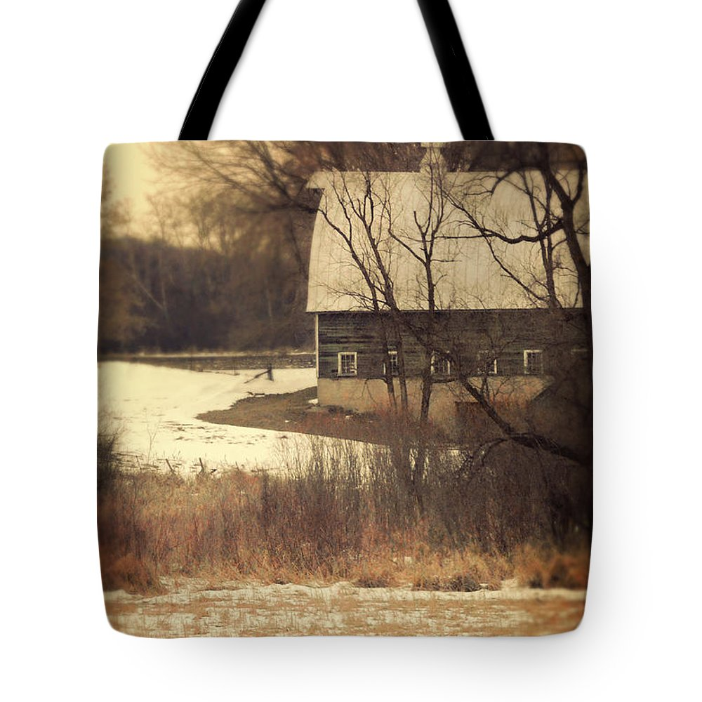 Rural Tote Bag featuring the photograph Wisconsin Barn In Winter by Jill Battaglia