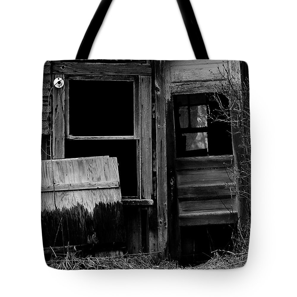 Old Tote Bag featuring the photograph Within The Shaddows 2 by Tara Lynn