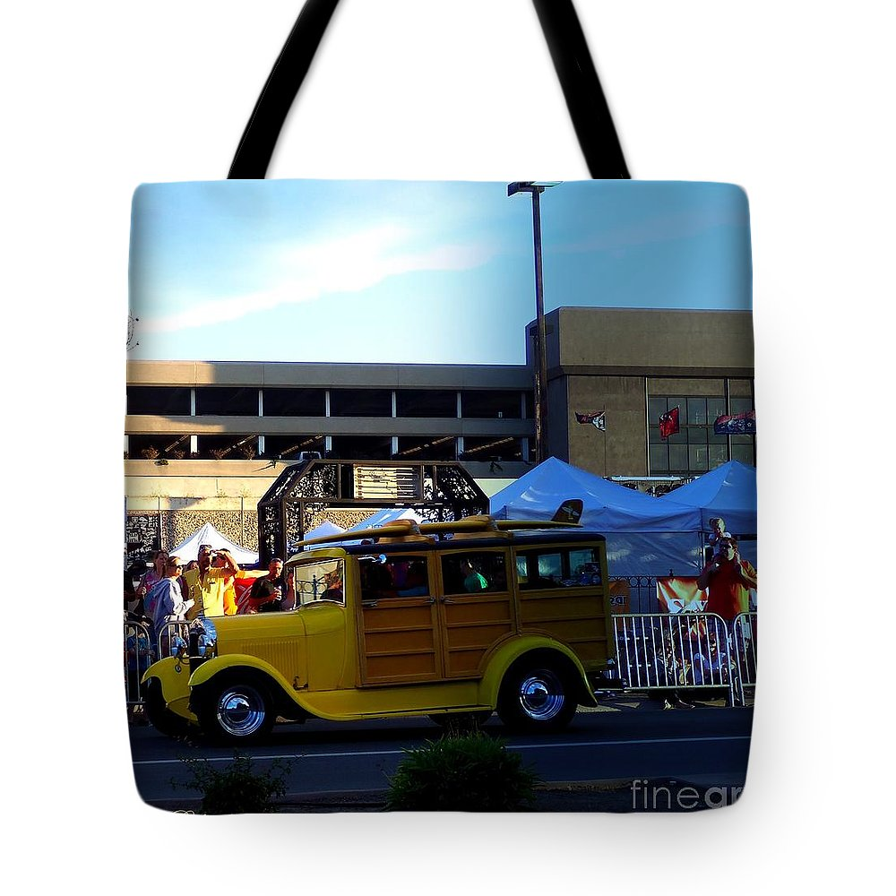 Cruisin Tote Bag featuring the photograph Woody Rider by Bobbee Rickard