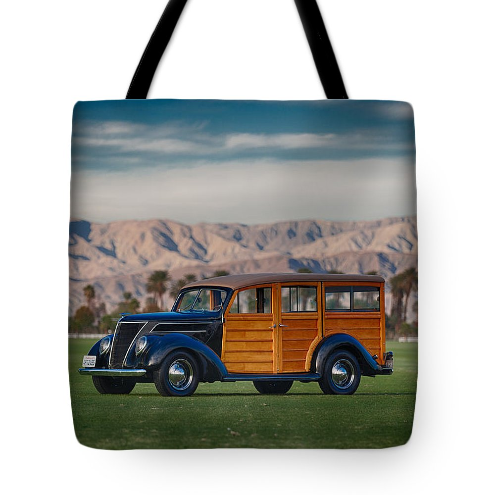 Woody Tote Bag featuring the photograph Wow Woodie by Scott Campbell