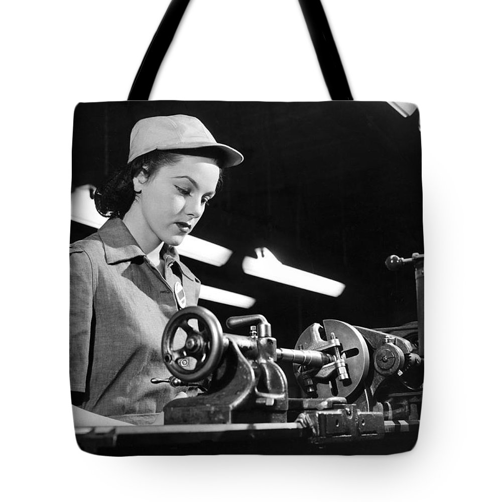 1035-104 Tote Bag featuring the photograph Wwii Woman War Worker by Underwood Archives