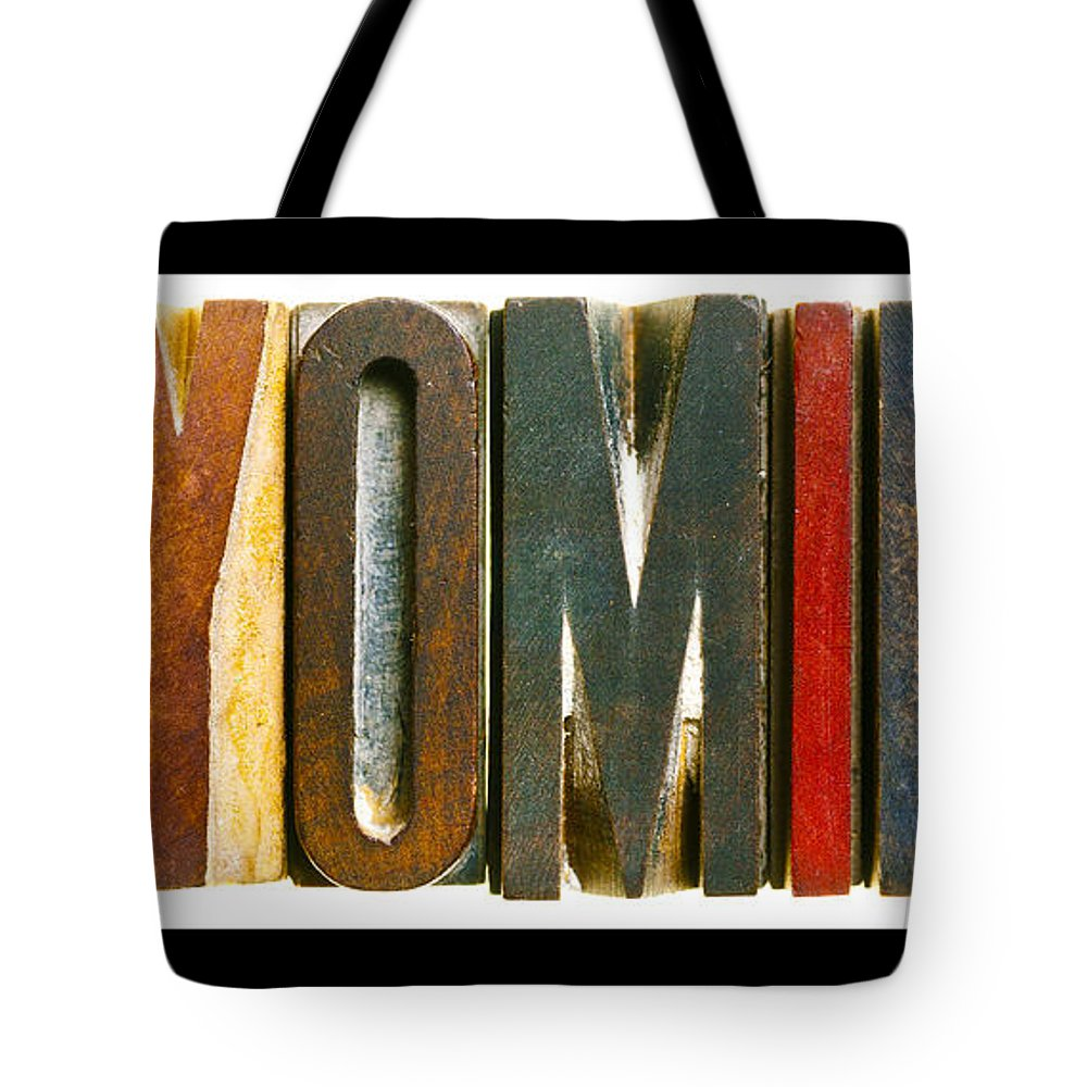 Wyoming Tote Bag featuring the photograph Wyoming by Donald Erickson