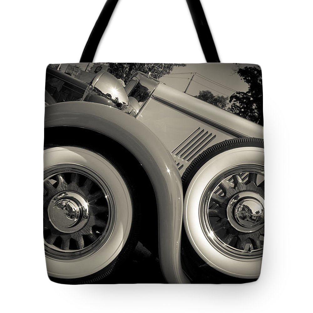 Vintage Tote Bag featuring the photograph Yesterwheels by Roger Bailey