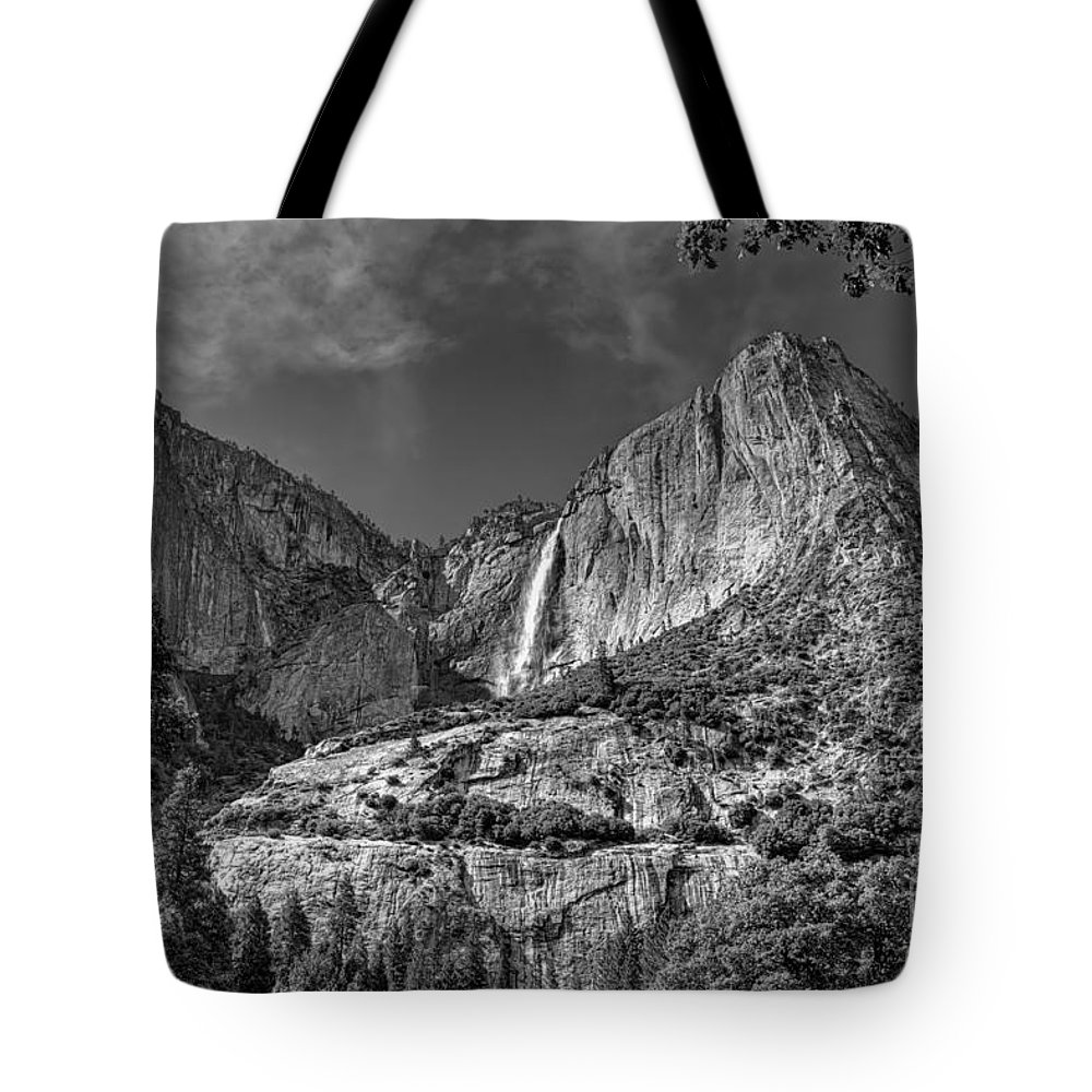 Black And White Tote Bag featuring the photograph Yosemite Falls - Bw by James Anderson