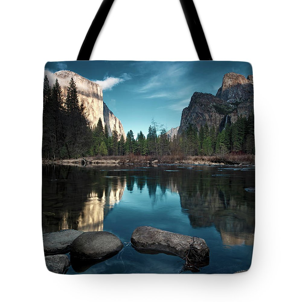 Scenics Tote Bag featuring the photograph Yosemite Valley by Joe Ganster