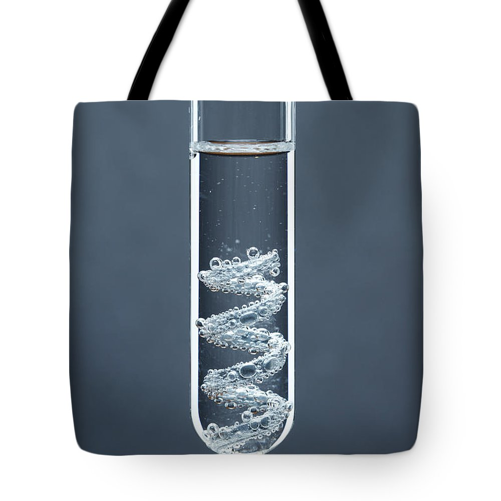 Hcl Tote Bag featuring the photograph Zinc Reacts With Hydrochloric Acid by GIPhotoStock