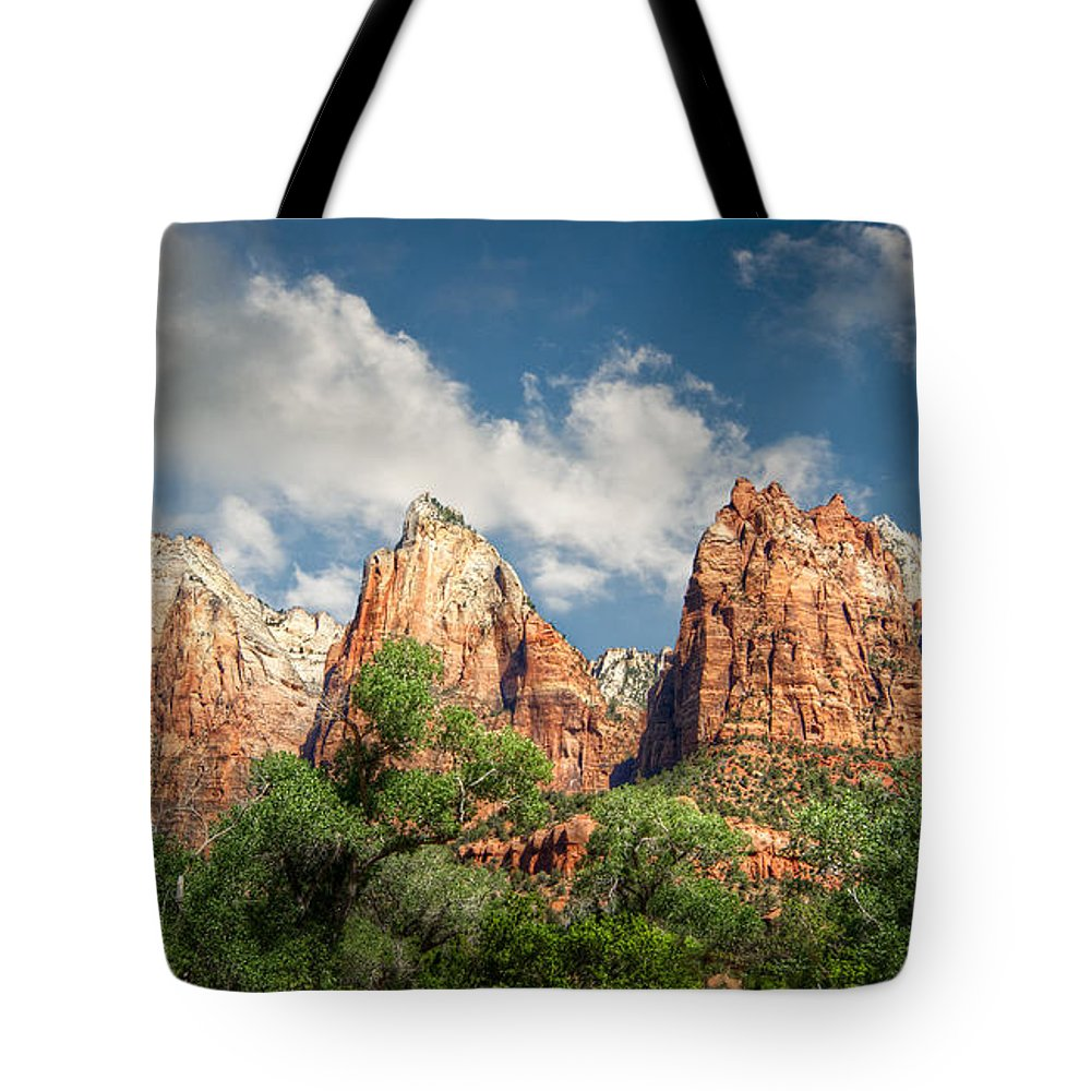 Zion Tote Bag featuring the photograph Zion Court Of The Patriarchs by Tammy Wetzel