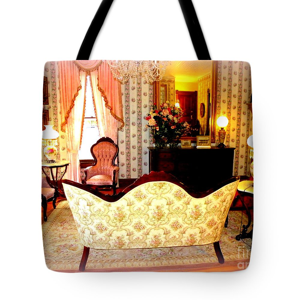 Bed And Breakfast Tote Bag featuring the photograph A Glimpse Into Yesteryear #2 by Kathy White