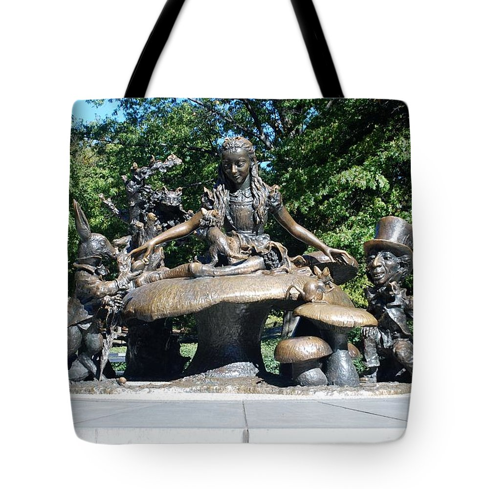 Central Park Tote Bag featuring the photograph Alice In Wonderland In Central Park by Rob Hans