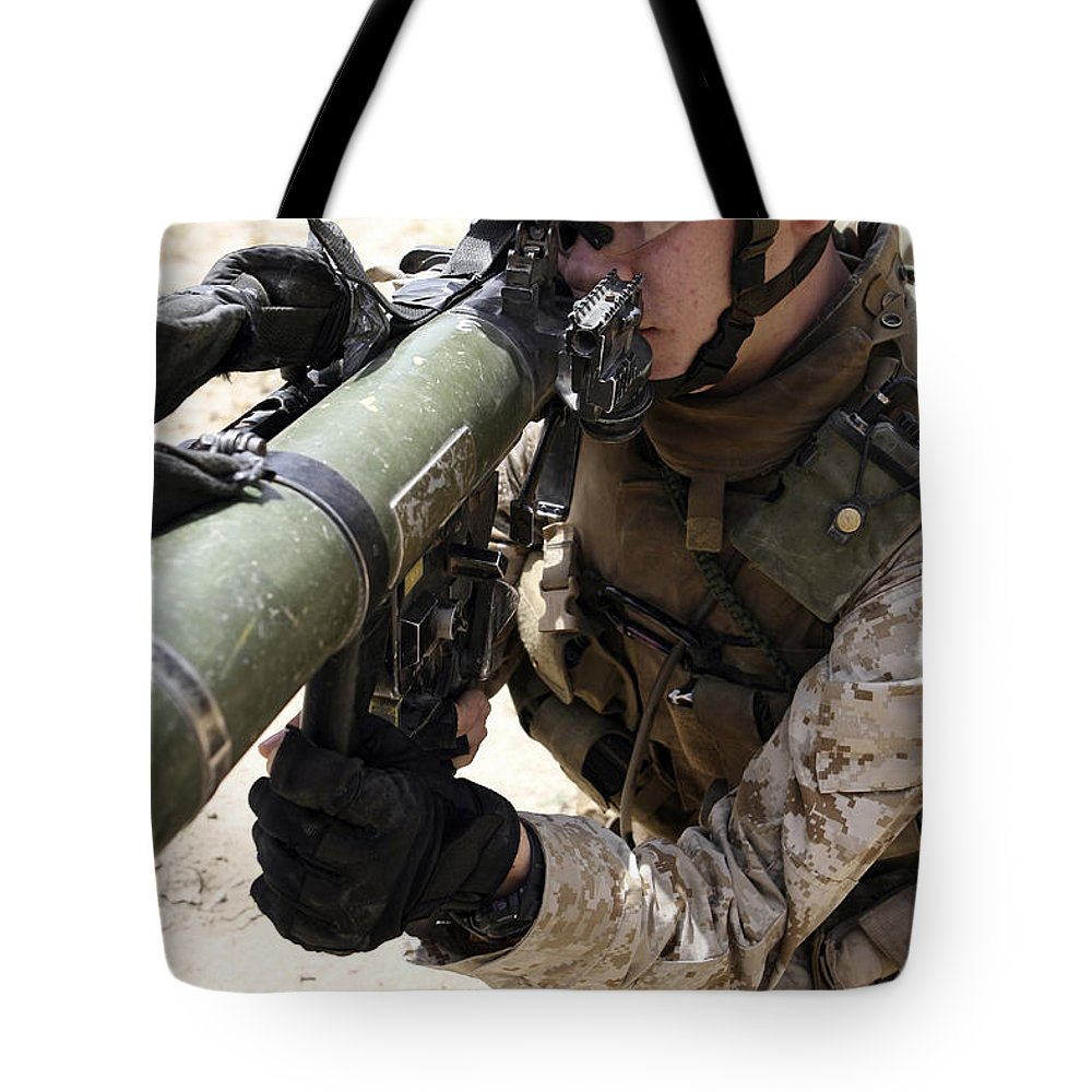 Aiming Tote Bag featuring the photograph An Assaultman Handles by Stocktrek Images