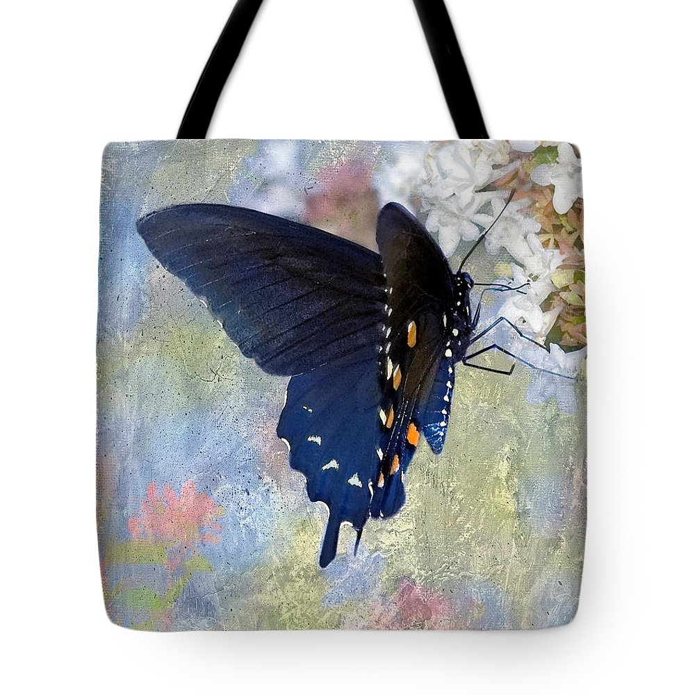 Pipevine Swallowtail Tote Bag featuring the photograph Butterfly Love by Betty LaRue