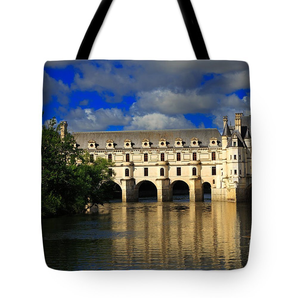 Chateau Tote Bag featuring the photograph Chateau Chenonceau by Louise Heusinkveld