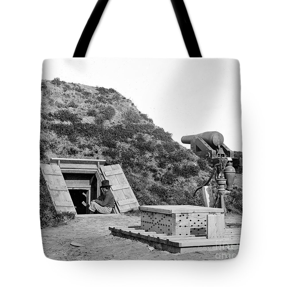 1865 Tote Bag featuring the photograph Civil War: Drewrys Bluff by Granger