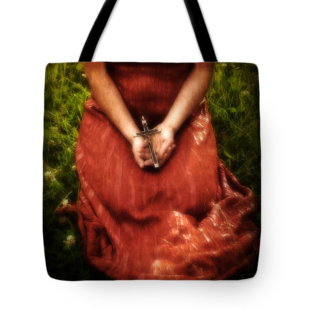 Female Tote Bag featuring the photograph Crucifix by Joana Kruse