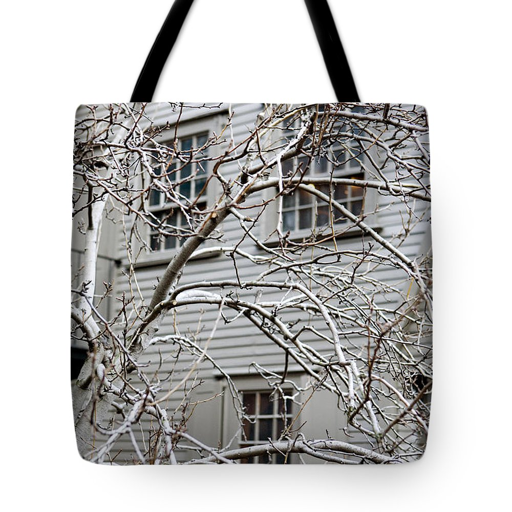 Exterior Views Tote Bag featuring the photograph Exterior Views Of Paul Reveres House by Tim Laman