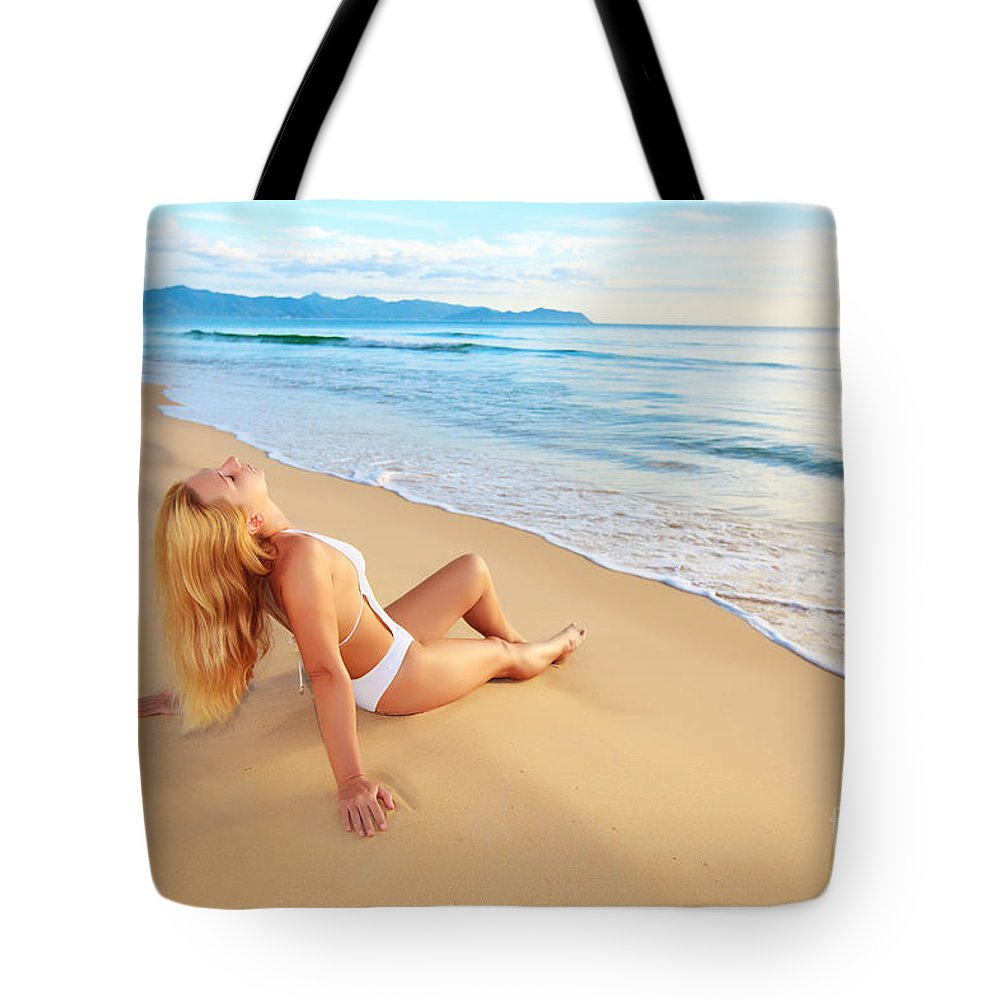 Girl Tote Bag featuring the photograph First Sunshine by MotHaiBaPhoto Prints