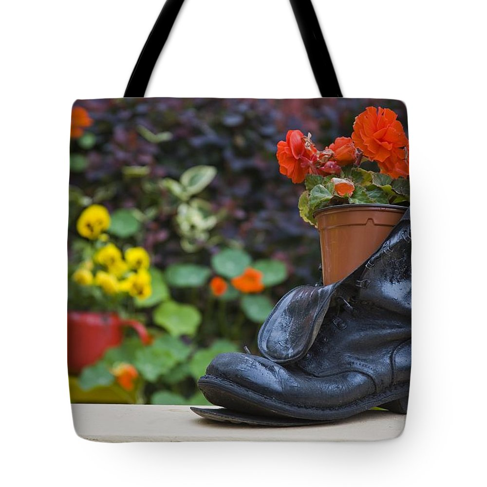 County Cork Tote Bag featuring the photograph Glengarriff, County Cork, Ireland by Richard Cummins