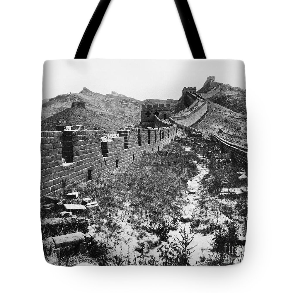 1901 Tote Bag featuring the photograph Great Wall Of China, 1901 by Granger