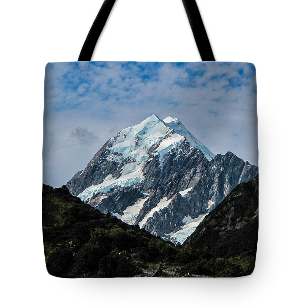 Mount Cook Tote Bag featuring the photograph Mount Cook by David Gleeson