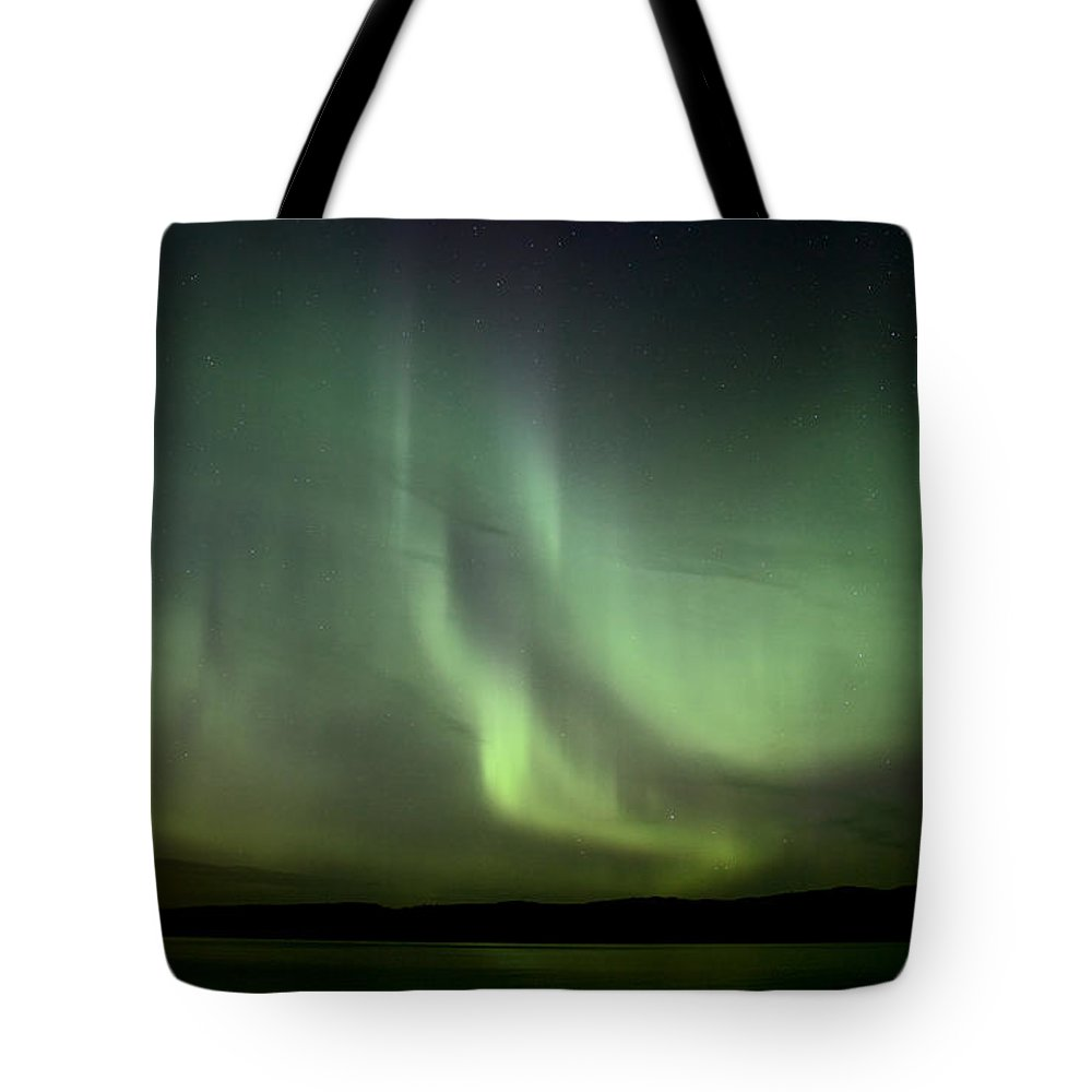 Sky Tote Bag featuring the photograph Night Shot Northern Lights by Mark Duffy