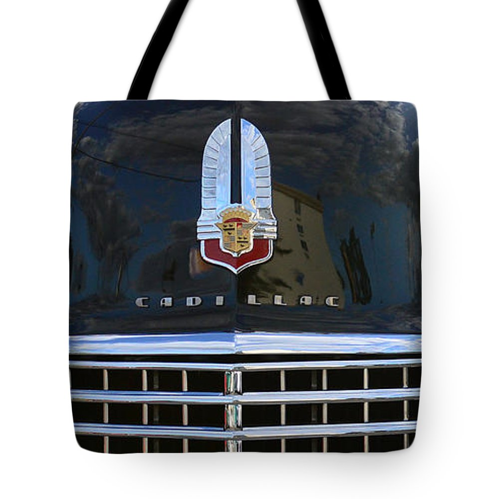 1941 Cadillac Tote Bag featuring the photograph 1941 Cadillac Grill by Paul Ward