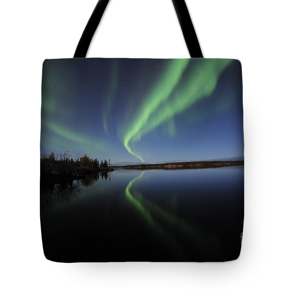 Yellowknife Tote Bag featuring the photograph Aurora Borealis Over Long Lake by Jiri Hermann
