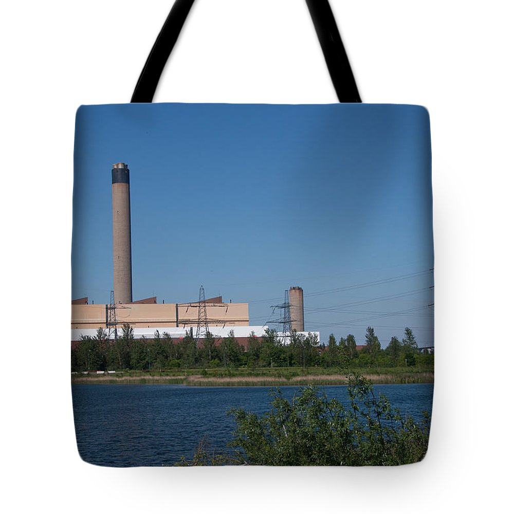 Dartford River Crossing Tote Bag featuring the photograph Dartford Marsh Lakes by Dawn OConnor
