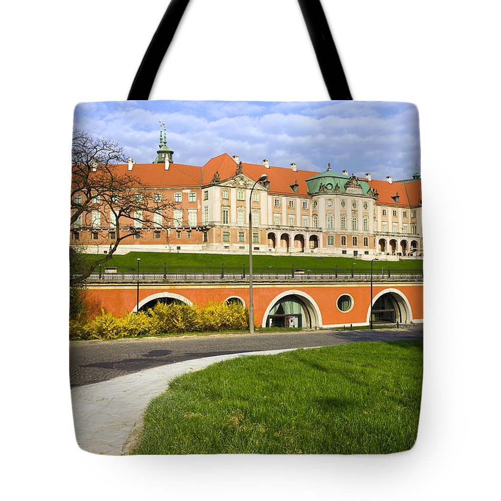 Warsaw Tote Bag featuring the photograph Royal Castle In Warsaw by Artur Bogacki