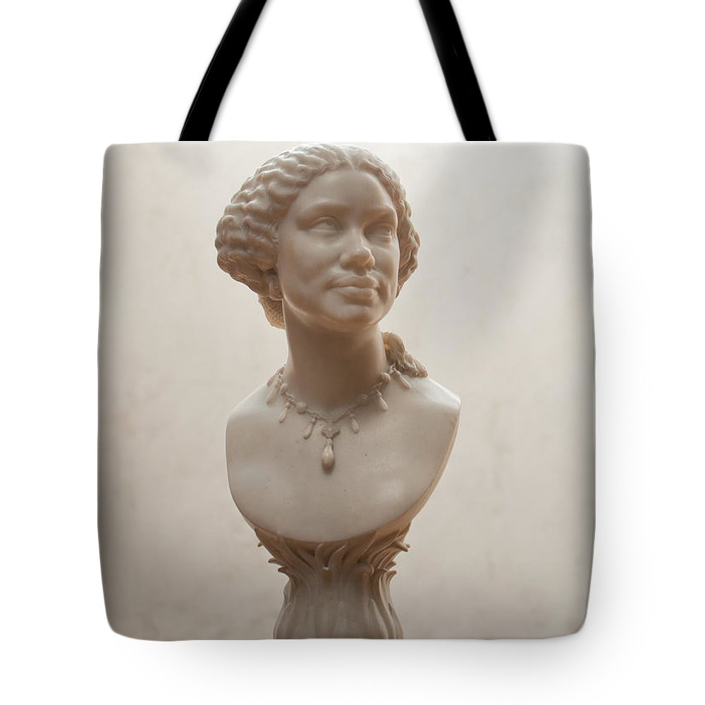 Art Gallery Tote Bag featuring the digital art Getty Museum by Carol Ailles