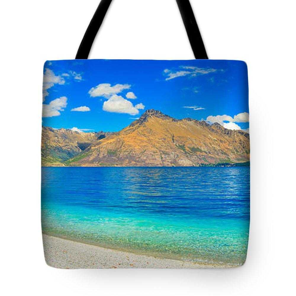 Landscape Tote Bag featuring the photograph Lake Wakatipu by MotHaiBaPhoto Prints