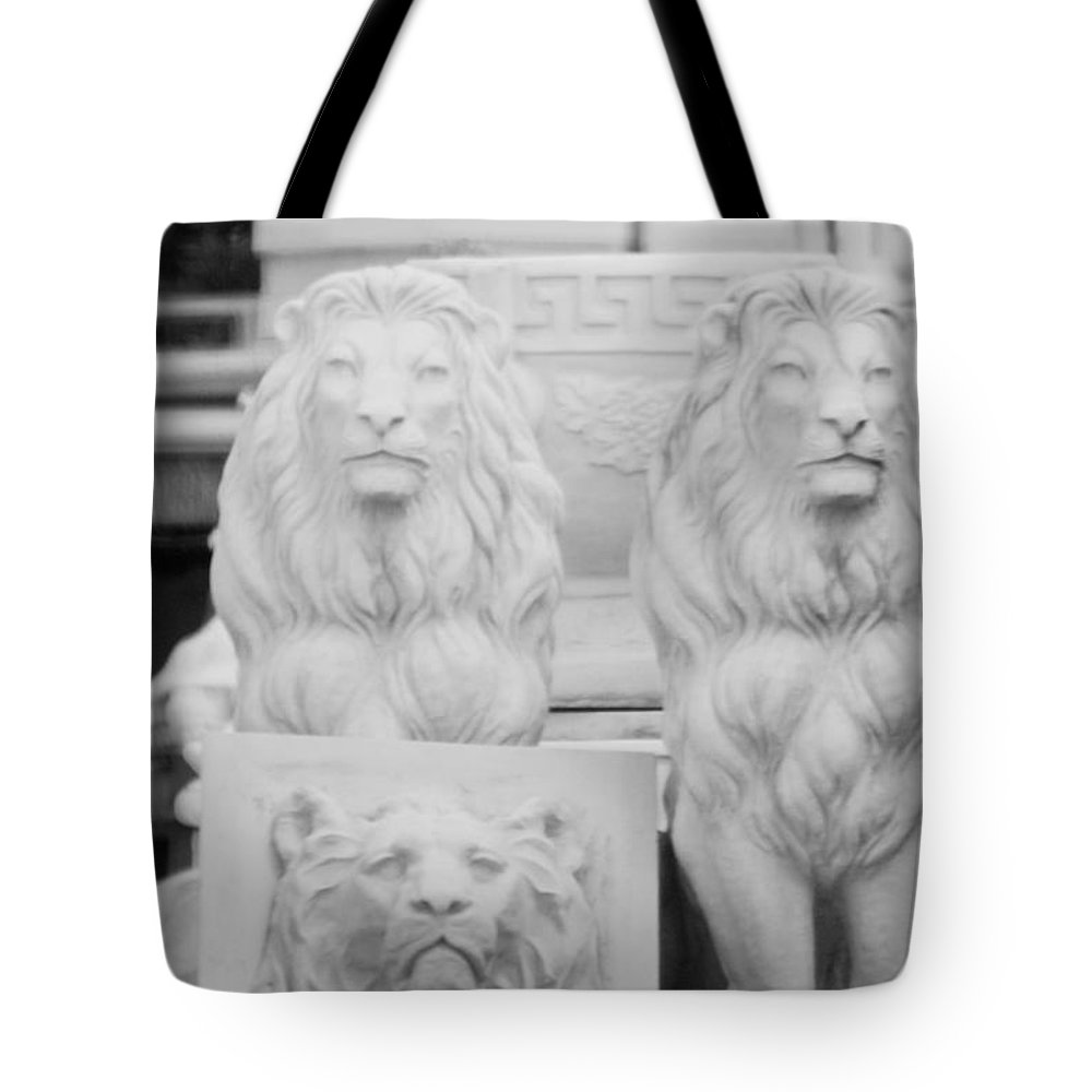 Black And White Tote Bag featuring the photograph 3 Lions by Rob Hans