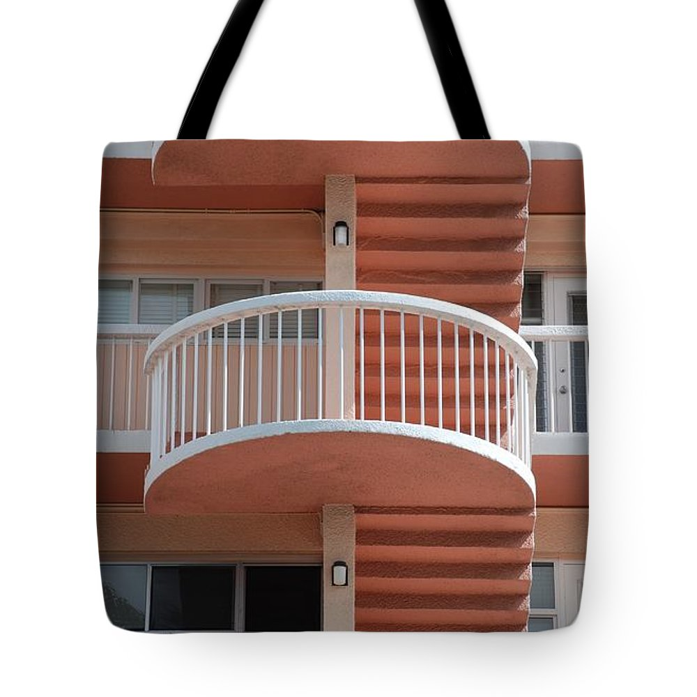 Architecture Tote Bag featuring the photograph 3 Rails by Rob Hans
