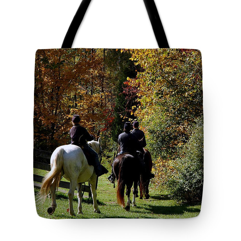 Usa Tote Bag featuring the photograph Riding Soldiers by LeeAnn McLaneGoetz McLaneGoetzStudioLLCcom