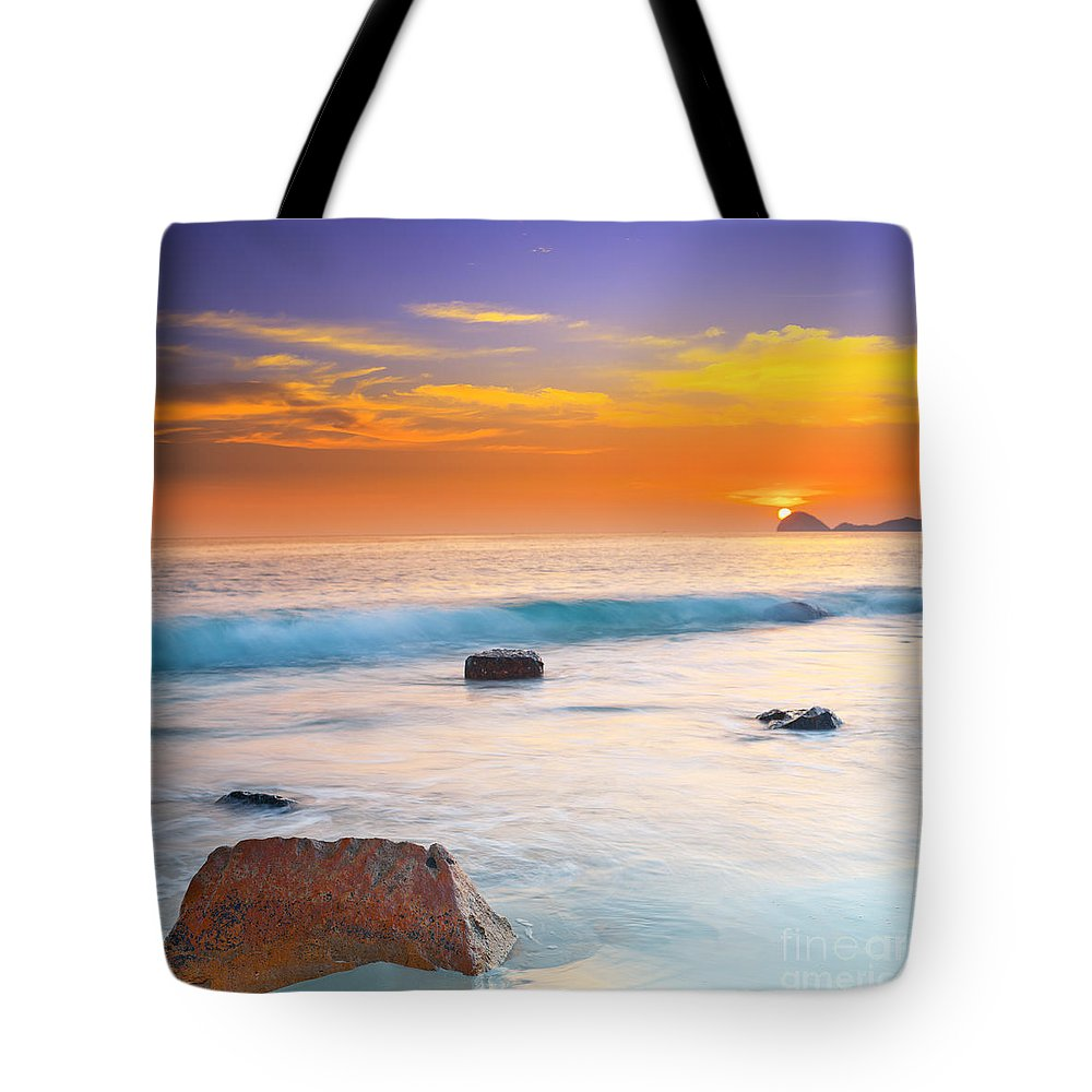 Sunrise Tote Bag featuring the photograph Sunset by MotHaiBaPhoto Prints