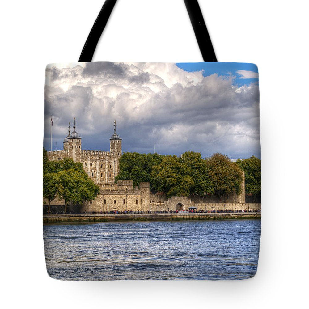 Tower Of London Tote Bag featuring the photograph Tower Of London by Chris Day