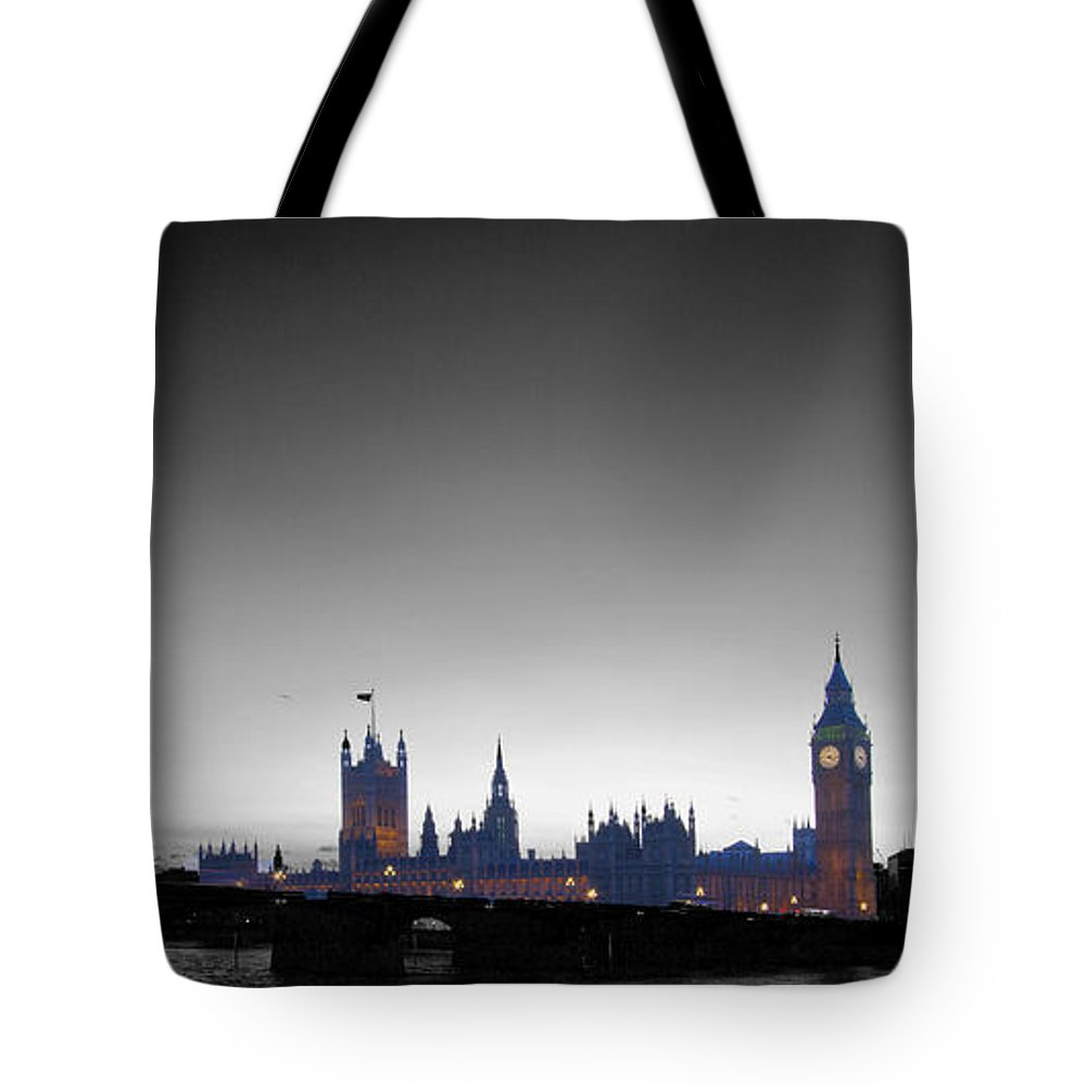 Westminster Tote Bag featuring the photograph London Skyline Big Ben by David French