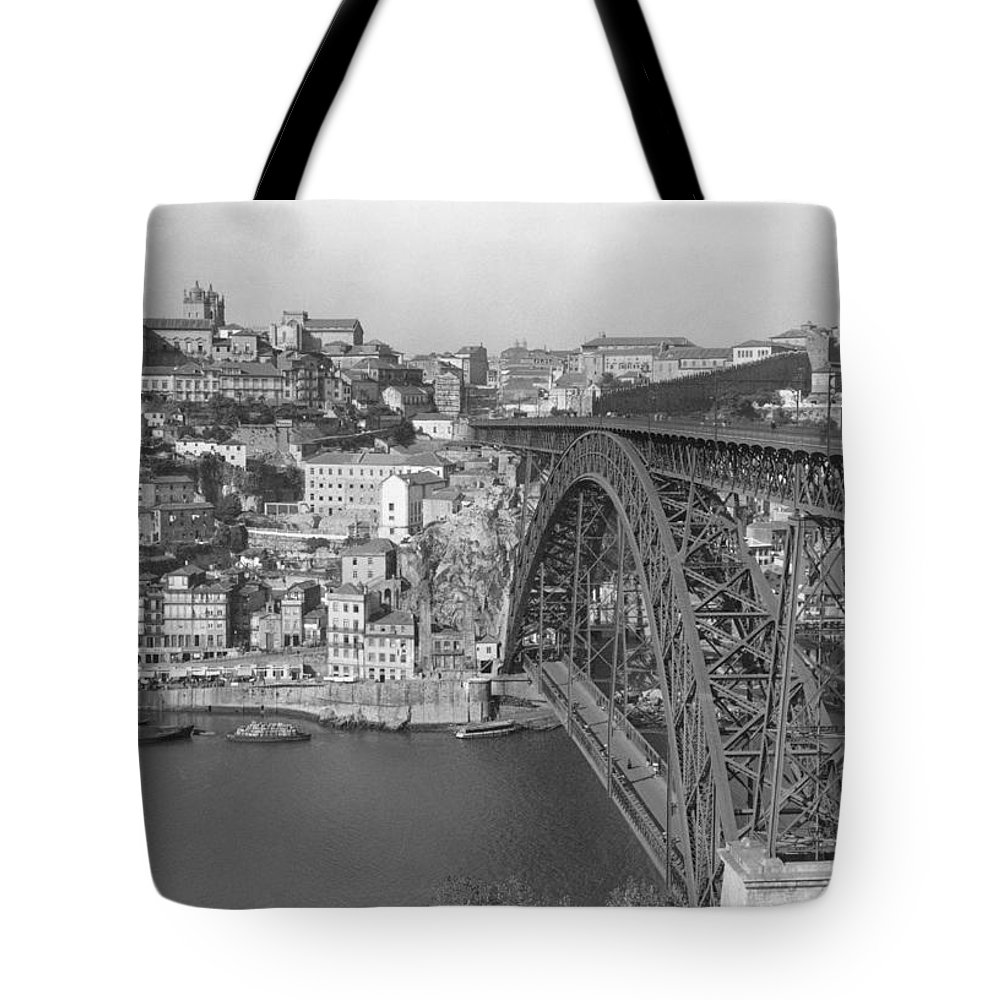 oporto Tote Bag featuring the photograph A Portion Of Porto And Its Large by W. Robert Moore