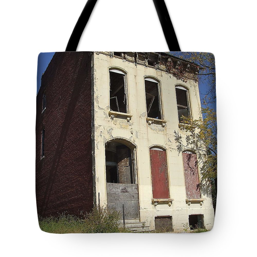 Old Tote Bag featuring the photograph Abandoned In St. Louis by Susan Wyman