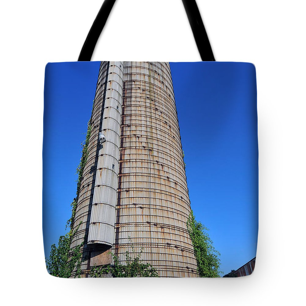 Tote Bag featuring the photograph Abandoned Silo by Terri Winkler