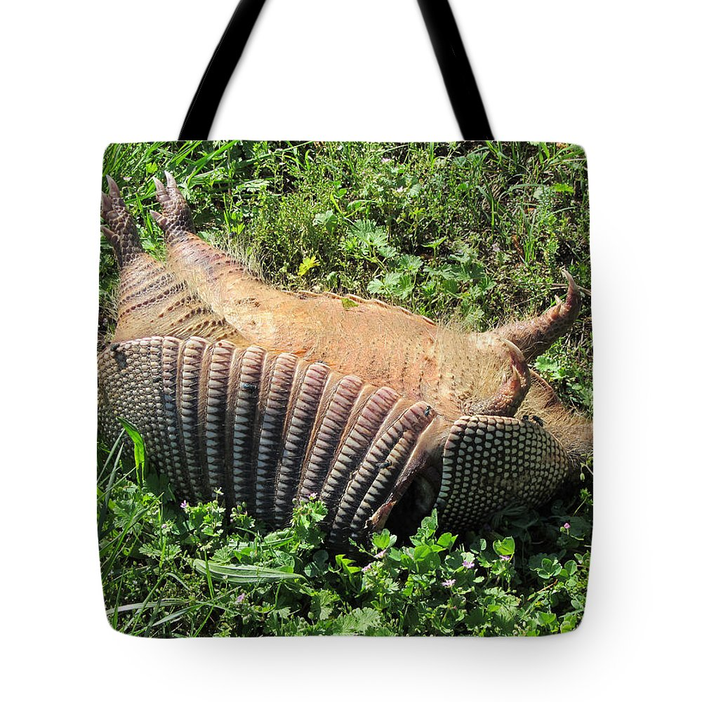 Road Kill Tote Bag featuring the photograph Alabama Road Kill by Kathy Clark