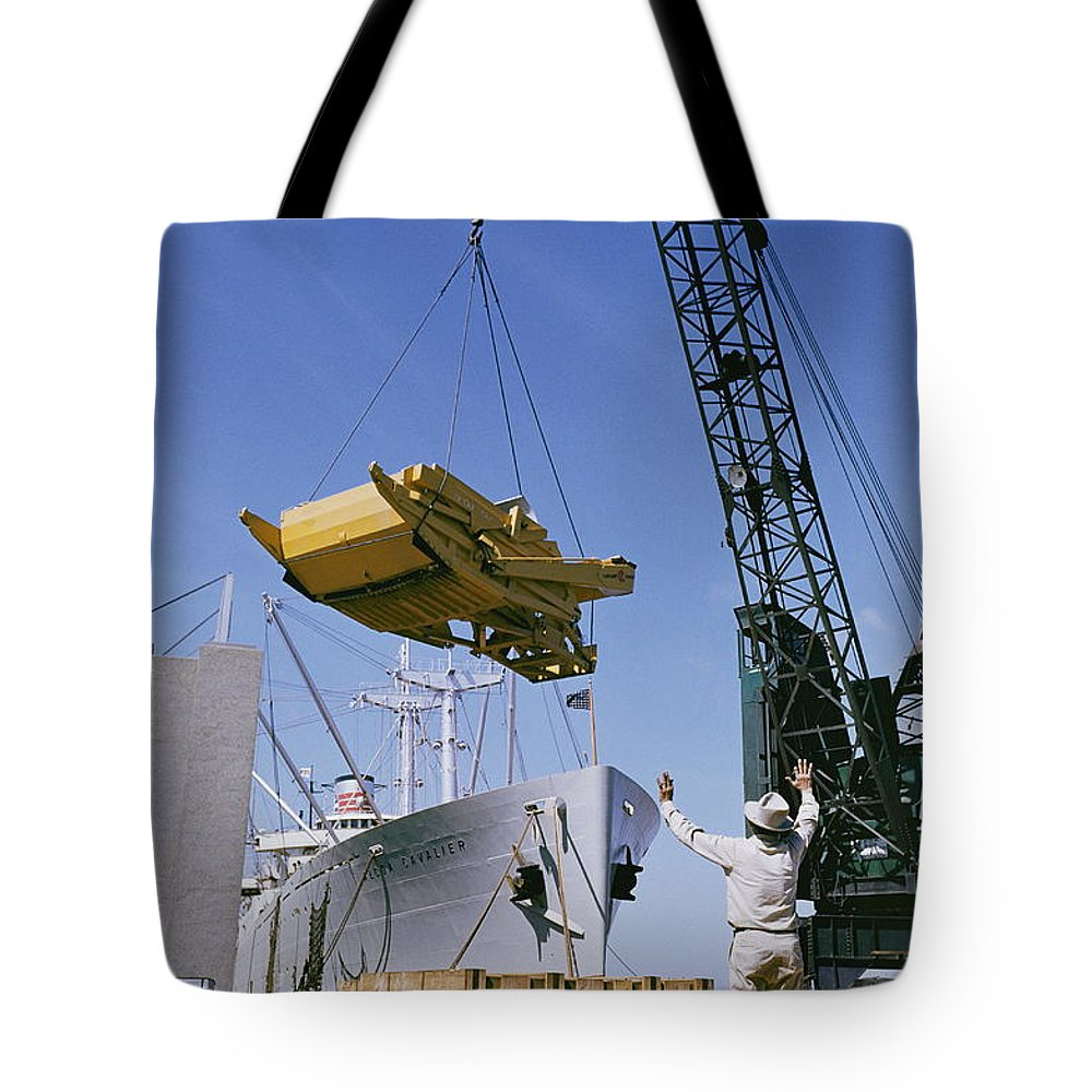 transportation Of Goods Tote Bag featuring the photograph Alcoa Ship Destines For South America by Justin Locke