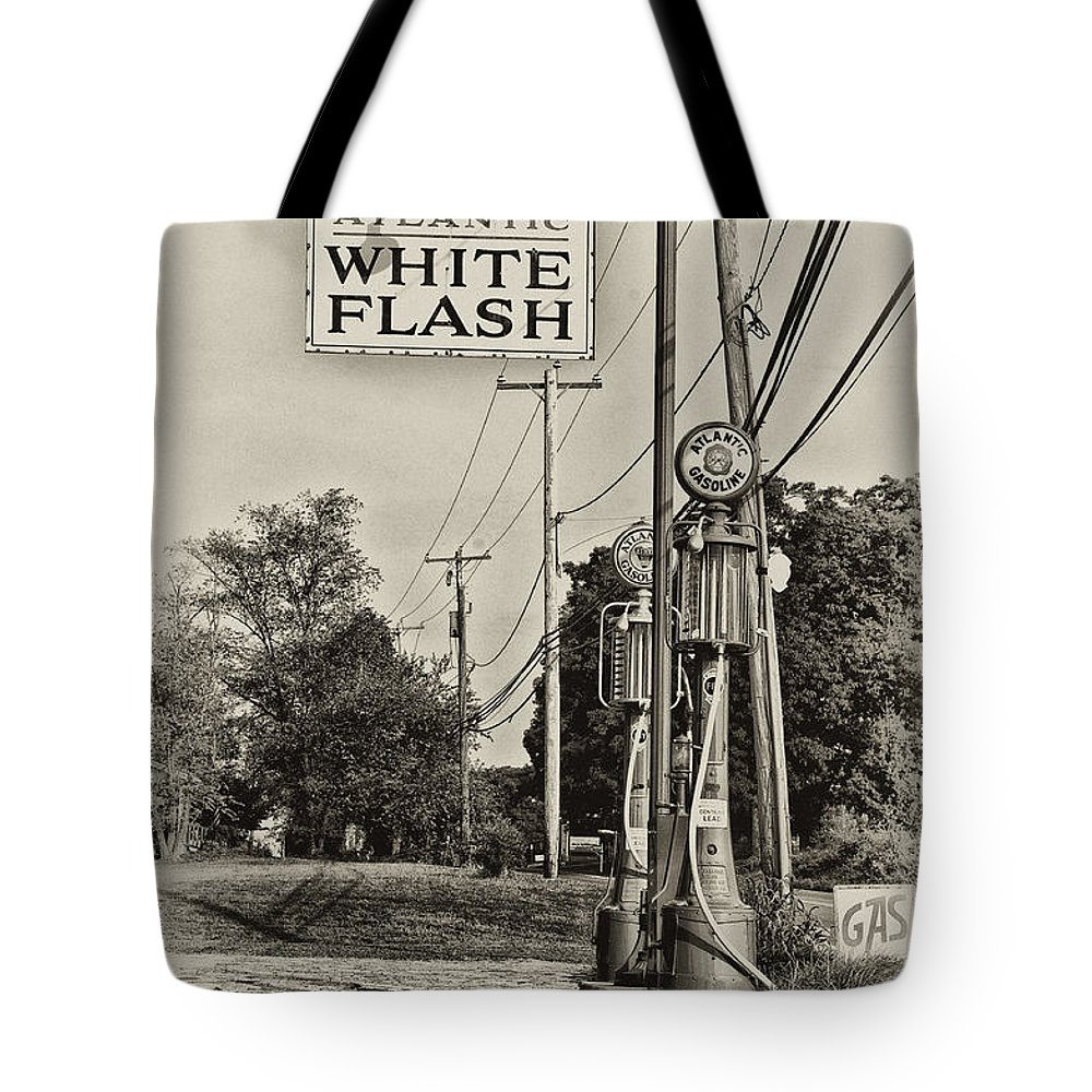 Atlantic White Flash Tote Bag featuring the photograph Atlantic White Flash by Bill Cannon