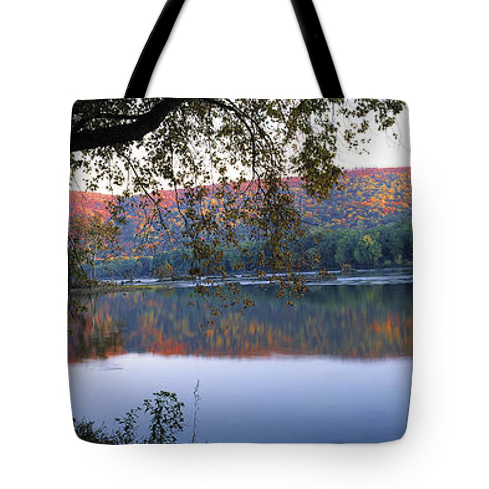 Autumn Tote Bag featuring the photograph Autumn Lake by Mike Nellums