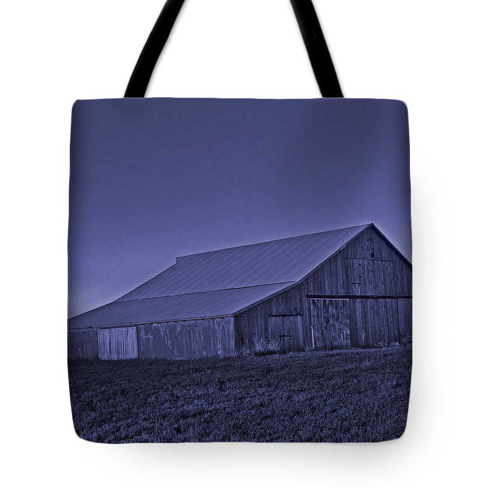 Barn Tote Bag featuring the photograph Barn Cold by Lamyl Hammoudi